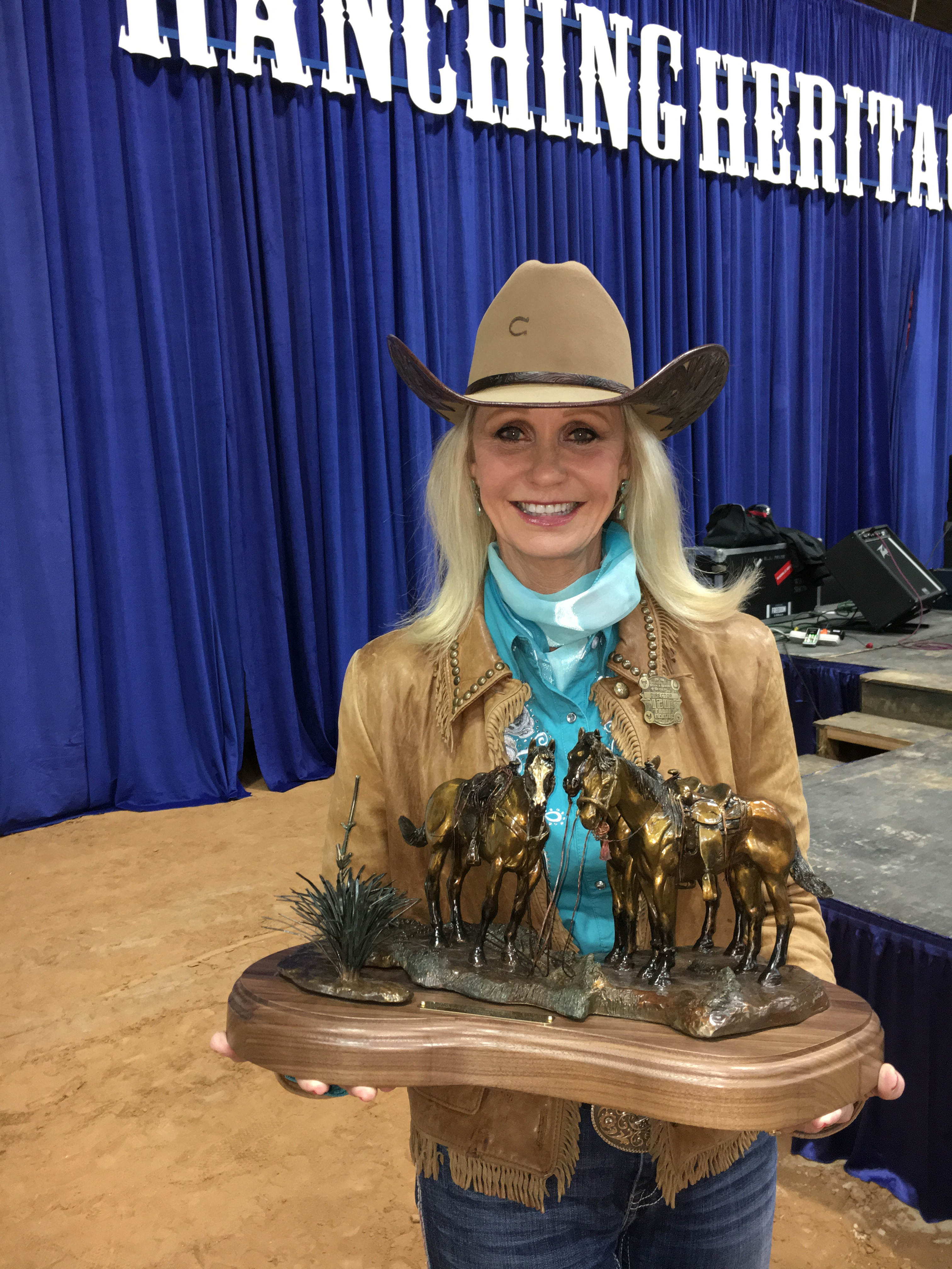 December 2017 Profile THE FIRST LADY OF RODEO COMMENTARY Pam Minick North Texas Farm And Ranch